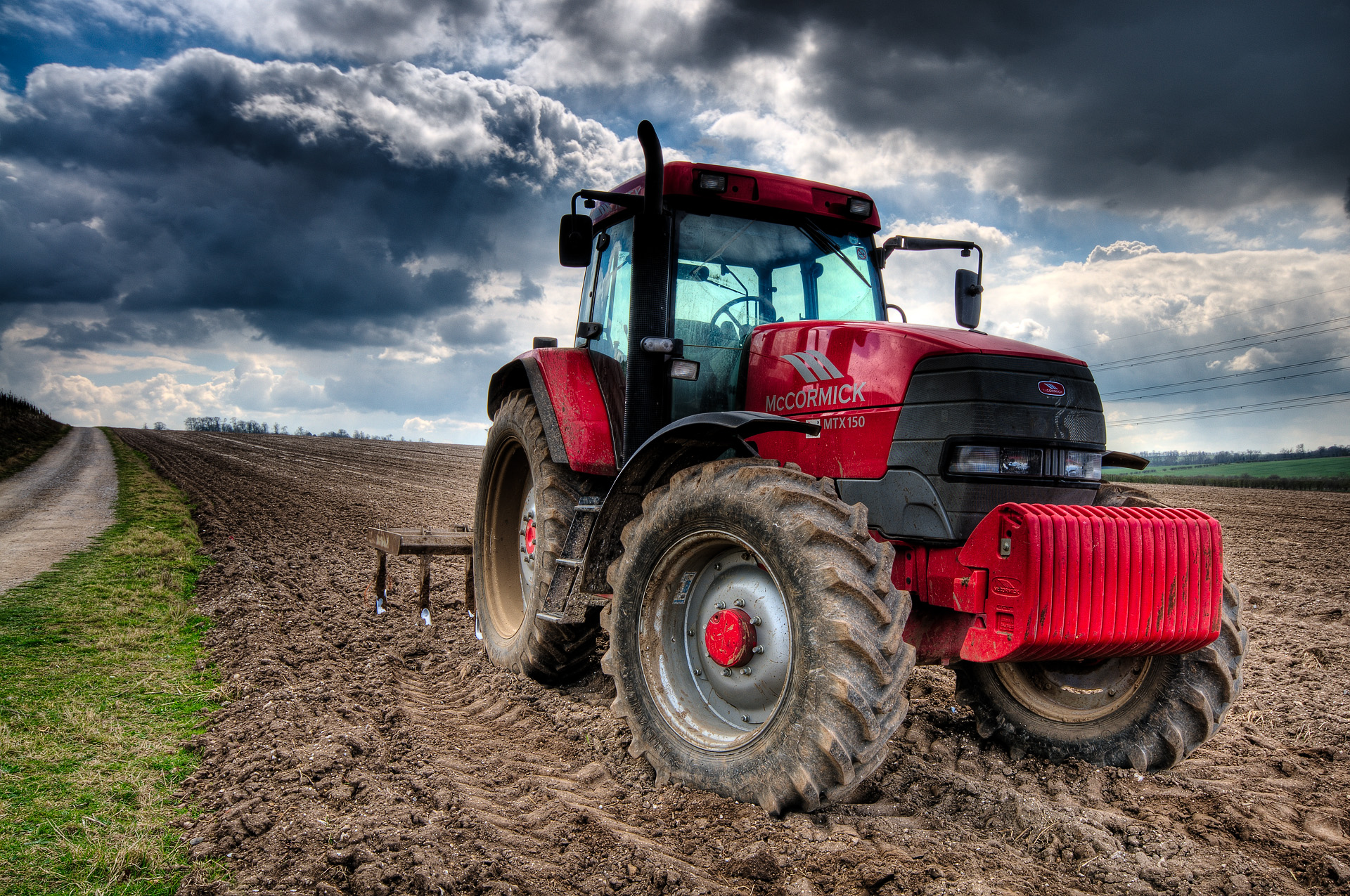 Farmer On Tractor : From the farm to table through capitol hill chicago